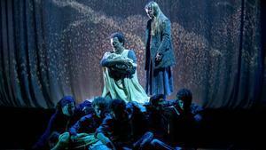 Momento de la representación de 'Maremar' en el Poliorama