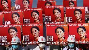 Protesta en Birmania para pedir la liberación de Aung San Suu Kyi.