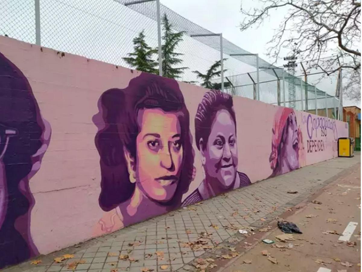 20.000 firmes per mantenir un mural feminista a Madrid