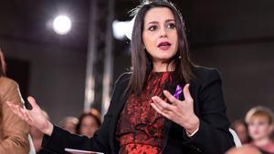 Inés Arrimadas barre en las primarias y es elegida líder de Cs por el 77% de las bases.