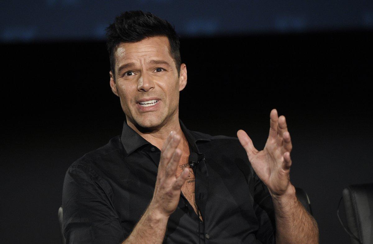 Ricky Martin está molesto con la gobernadora de Puerto Rico por abandonar a los damnificados de los terremotos.