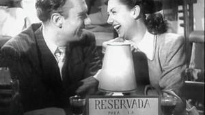Fernando Fernán Gómez y Elvira Quintillá , en un fotograma de 'Esa pareja feliz', de Luis García Berlanga y Juan Antonio Bardem.