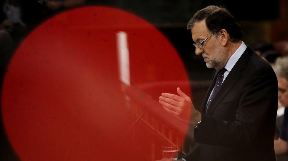 Mariano Rajoy interviene en el Congreso en la segunda votación del debate de investidura, que acabó perdiendo.