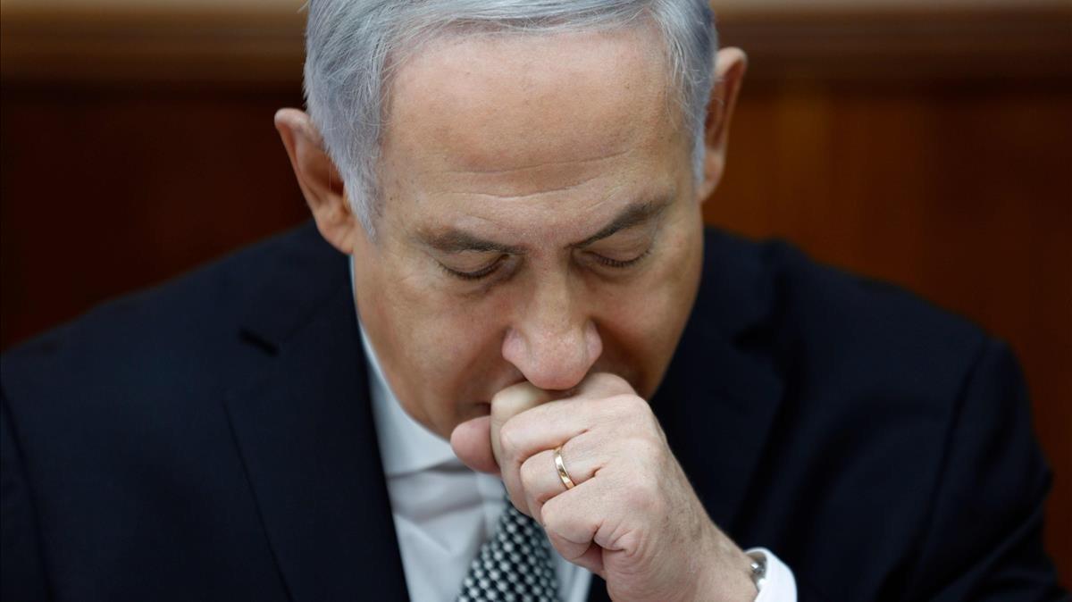El primer ministro de Israel, Benjamin Netanyahu, preside la reunión semanal del gabinete del Gobierno en Jerusalén