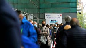 El Wizink Centre de Madrid abre hoy por primer dia otro centro de vacunación masivo comenzando por la vacunaAstraZeneca