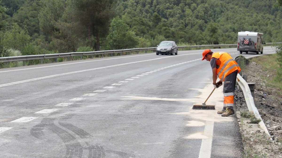 El punto de la carretera C-14 en Bassella donde se ha producido el accidente mortal.