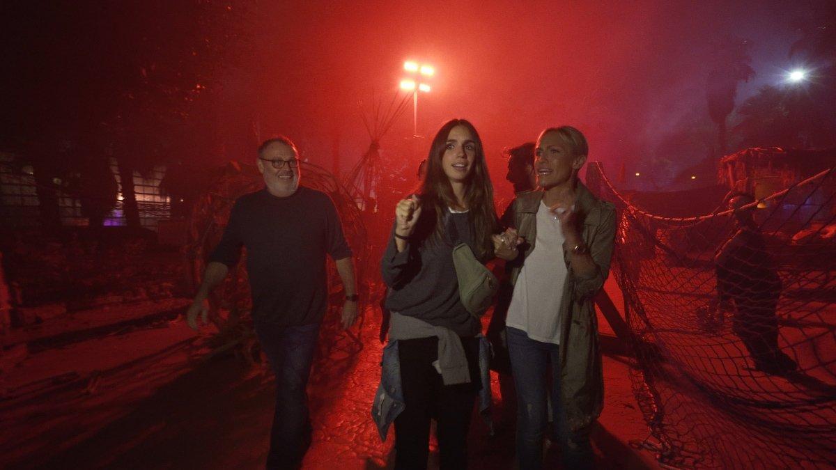 Pablo Carbonell, Elena Furiase y Luján Argüelles en Port Aventura.