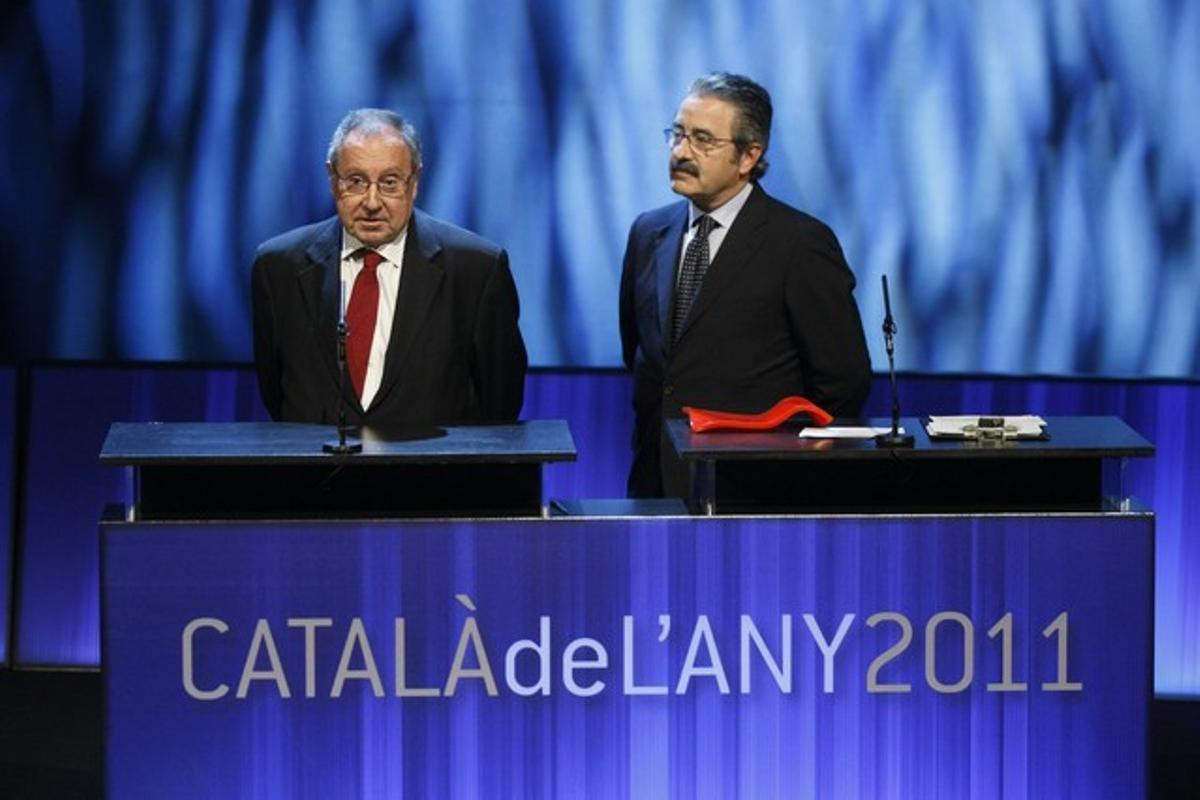 Josep Lluís Bonet (presidente de Fira de Barcelona) y Kim Faura (director general de Telefónica Catalunya) se dirigen al público tras recoger el premio.
