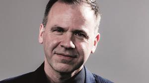 El escritor británico Ian McGuire.