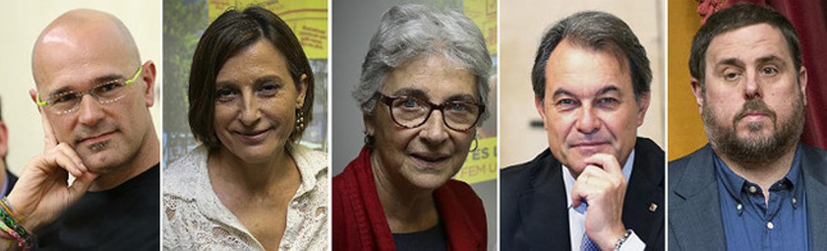Los cinco primeros candidatos de la lista unitaria pactada por CDC, ERC y las entidades soberanistas: Raül Romeva, Carme Forcadell, Muriel Casals, Artur Mas y Oriol Junqueras.