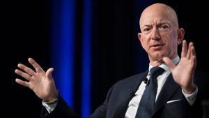 Bezos acusa d'extorsió i xantatge els responsables del tabloide que va ajudar Trump a silenciar escàndols sexuals