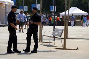 Dos agentes de los Mossos d'Esquadra, el pasado 23 de junio.