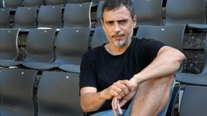 Julio Manrique, sentado en una butaca del Teatre Grec, el viernes pasado.