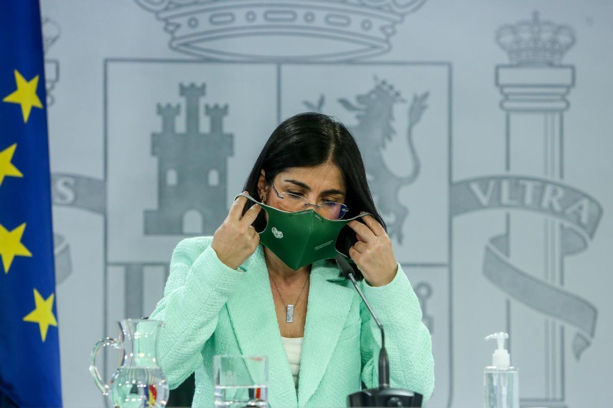 La Ministra de Sanidad, Carolina Darias, en una rueda de prensa.