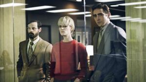 Gordin Clark, Cameron Howe y Joe MacMillan, personajes de 'Halt and Cath Fire' a los que, cosa rara, se termina por querer.