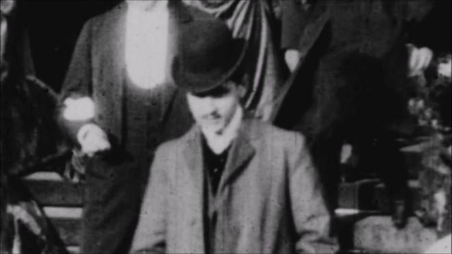 Marcel Proust en la iglesia de la Madeleine en París, el 14 de noviembre de 1.904