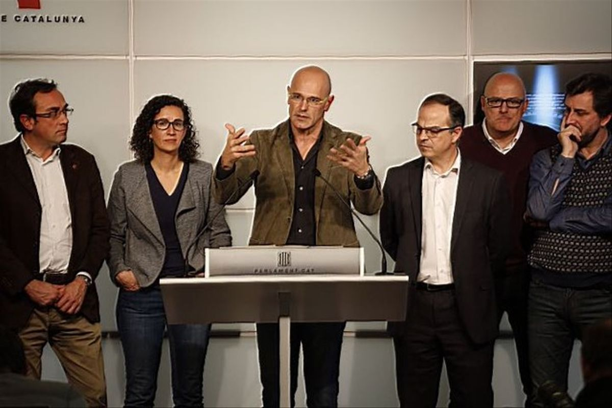 Rueda de prensa de Raül Romeva, de Junts pel Sí, en el Parlement de Catalunya tras anunciarse elpreacuerdo con la CUP.
