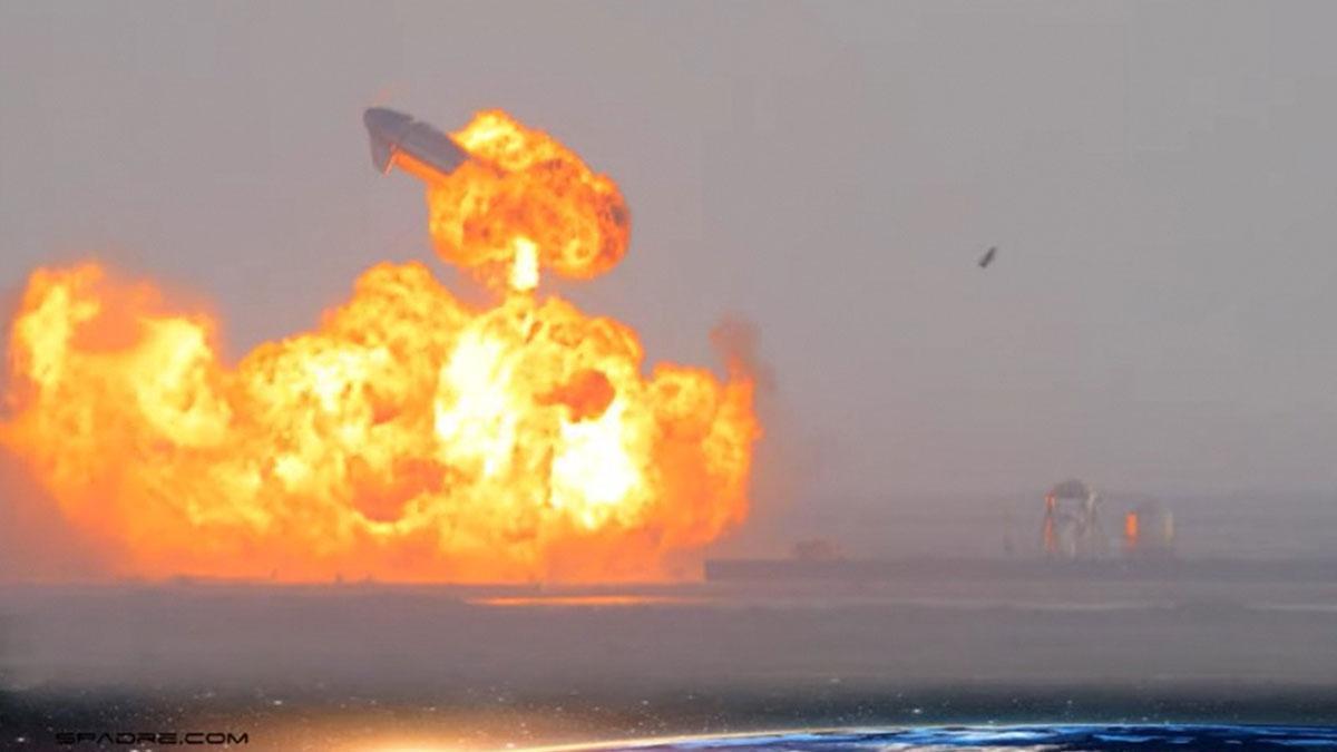 El Starship de SpaceX aterriza con éxito y estalla poco después de tocar tierra.
