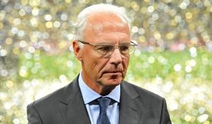 Beckenbauer: «Ara el món es riu de nosaltres»