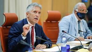 El ministro del InteriorFernando Grande-Marlaska, a la izquierda,y el director general de Tráfico,Pere Navarro,durante la presentacion este jueves del balance de siniestralidad vial delverano.