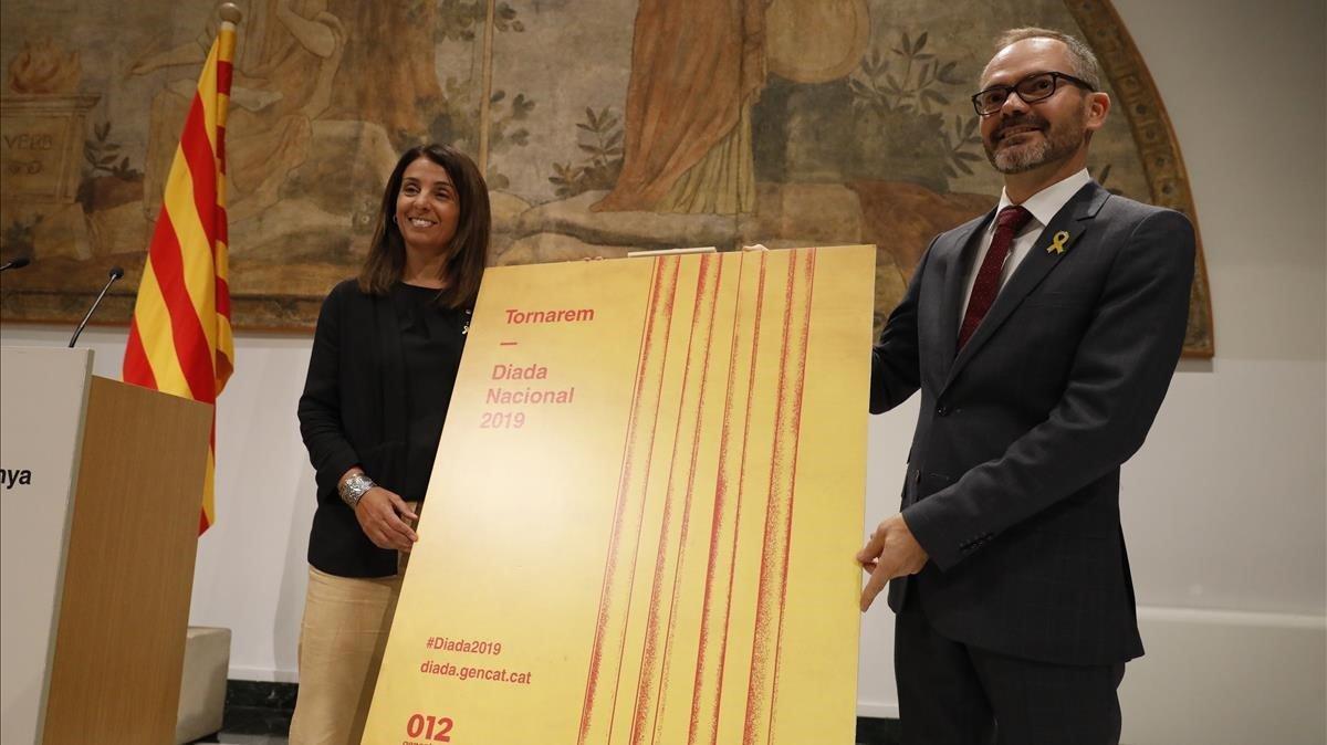 La 'consellera' de Presidència,Meritxell Budó, y el vicepresidente del Parlament,Josep Costa, han presentado los actos institucionales que convoca el Govern y el Parlament con motivo de la Diada del 2019.