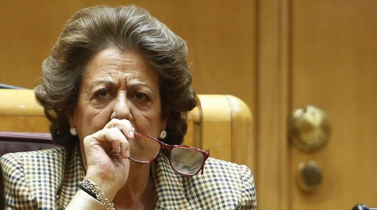 Rita Barberá, en su escaño del Senado.
