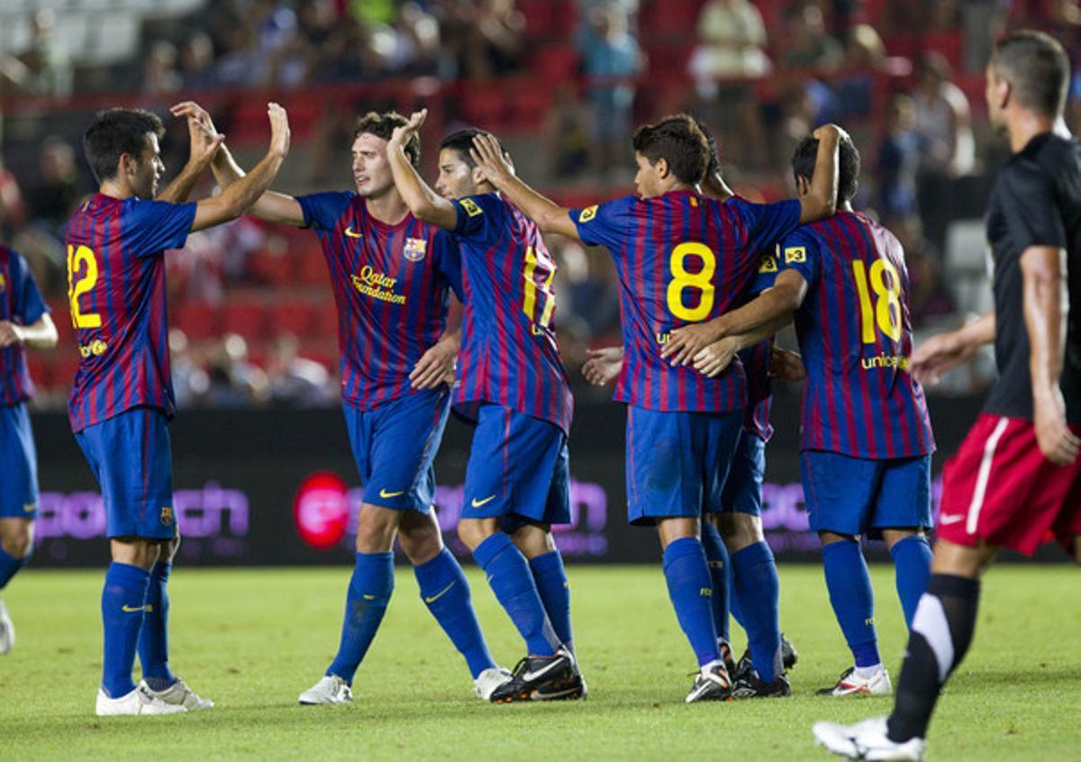 Los jugadores del Barça celebran uno de los goles contra el Girona.