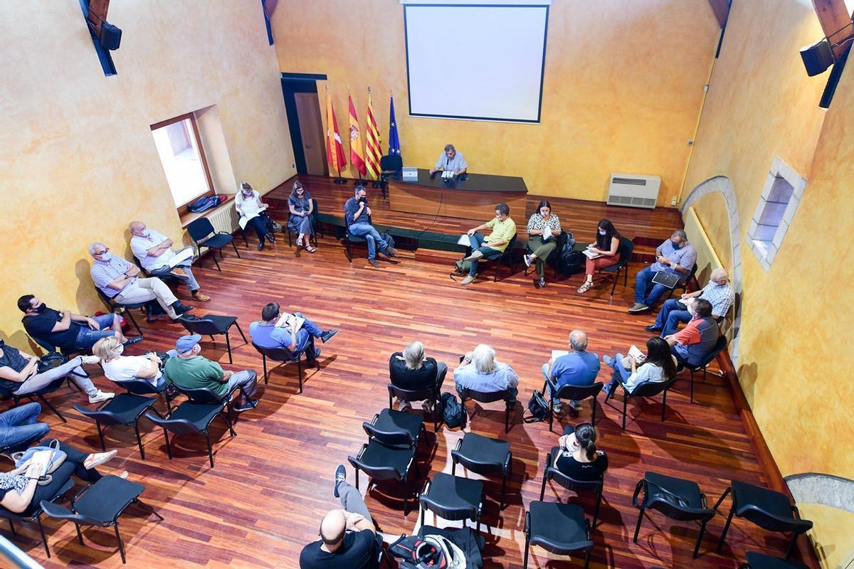 Reunión de la Mesa de Seguimiento de los Vertederos este pasado lunes 27 de septiembre