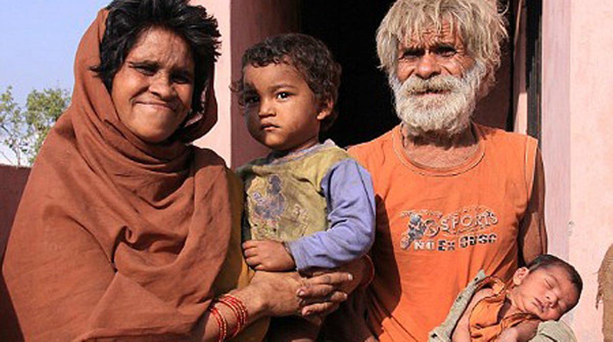 Un indi es converteix en el pare més vell del món
