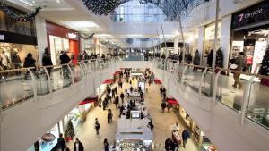 Imagen del interior del centro comercial de Diagonal Mar.