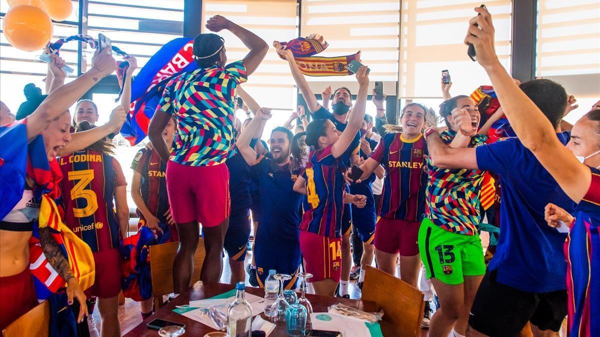 La celebración en el comedor del hotel tras el tropiezo del Levante.