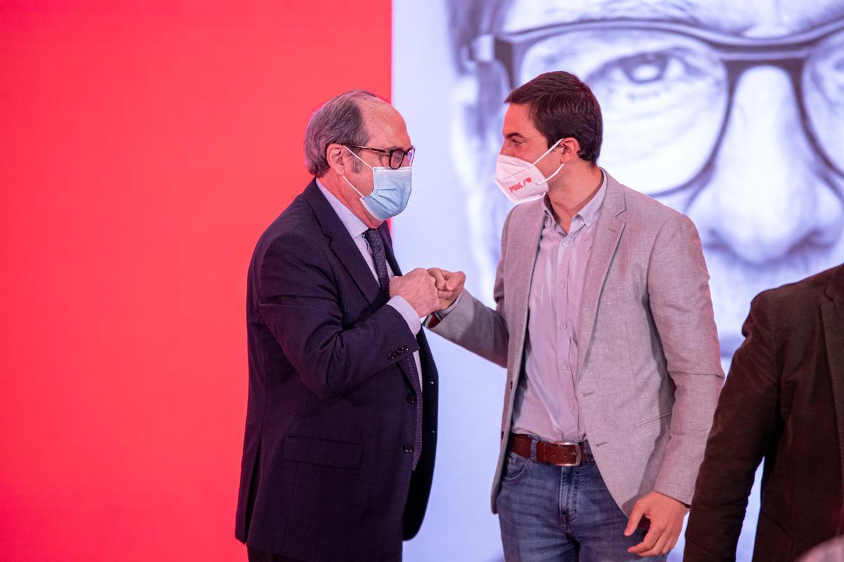 El PSOE de Madrid es prepara per a una batalla interna amb Ferraz de perfil