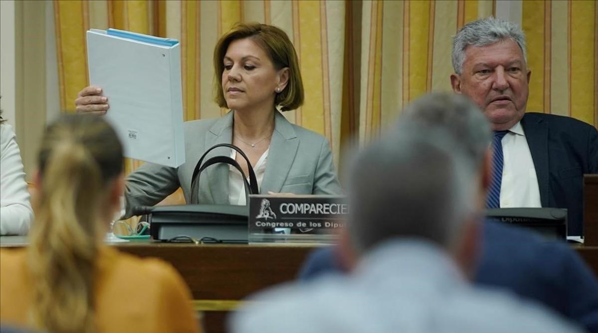 María Dolores de Cospedal, este martes, al inicio de la comparecencia en la comisión de investigación sobre financiación ilegal del PP.