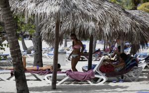 Turistas en un hotel de Varadero, Cuba.