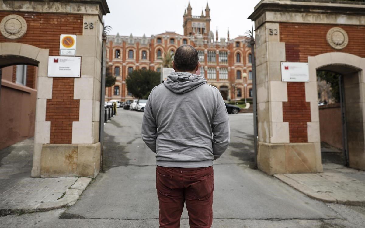 Víctimes d'abusos en escoles jesuïtes, claretians i a Montserrat clamen una reparació