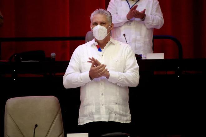 Díaz-Canel, a timón de una transición con rumbo incierto