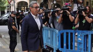 El socio de Inaki Urdangarin, Diego Torres, a su llegada a la Audiencia de Palma.