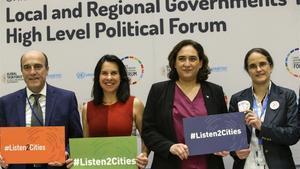 Los alcaldeses de Uruguay, Montreal, Barcelona y la presidenta de la Coalición Internacional del Habitat