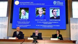 Nobel de Economía a David Card, Joshua Angrist y Guido Imbens por sus análisis del mercado laboral.