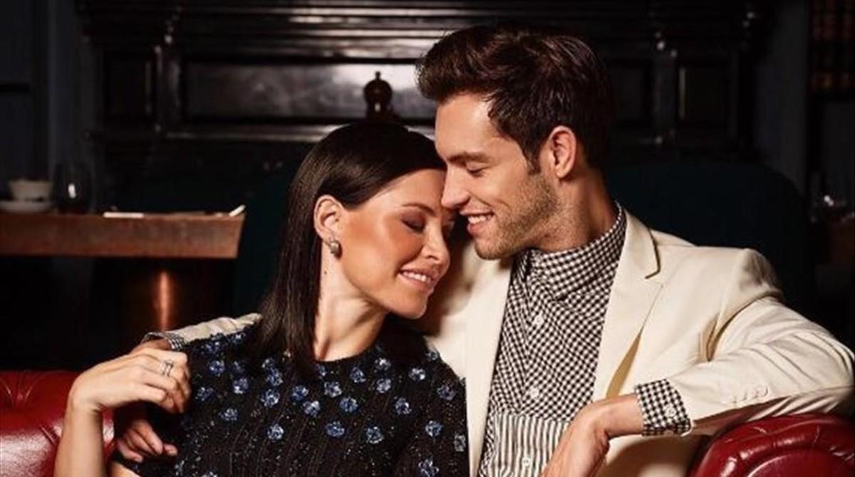 Soraya Arnelas y su novio, el modeloMiguel Herrera.