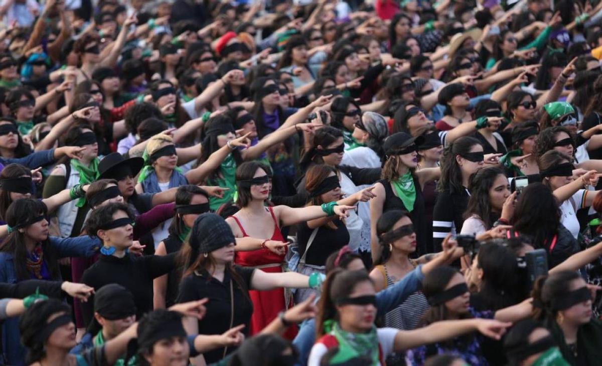 10 fotografías icónicas feministas: de la Revolución Francesa al #MeToo