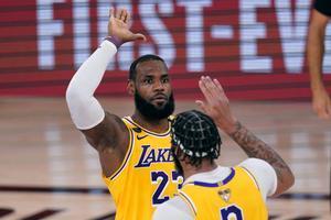 Los Angeles Lakerssacó a relucir el poder totalmente dominante de sus dos grandes estrellas,Anthony DavisyLeBron James.