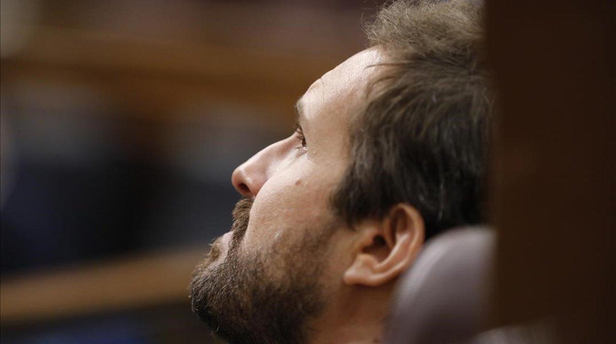 El líder del PP, Pablo Casado, en un pleno del Congreso en junio.