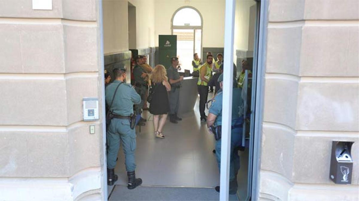 Nuevo episodio del escándalo del AVE en la Sagrera: 13 detenidos por sobrecostes de 82 millones