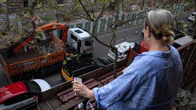 Un infierno diario de ruido por obras en el Eixample de Barcelona
