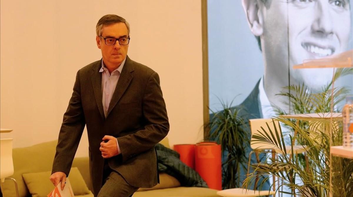 El vicesecretario general de Ciudadanos, José Manuel Villegas, se dirige a dar la rueda de prensa el 3 de enero en la sede de Madrid.