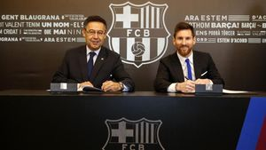 Bartomeu y Messi, en la firma de renovación del capitán.