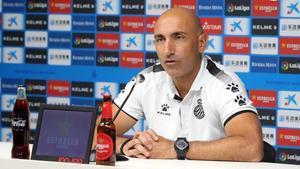 El técnico del Espanyol, Abelardo Fernández, este viernes en rueda de prensa.