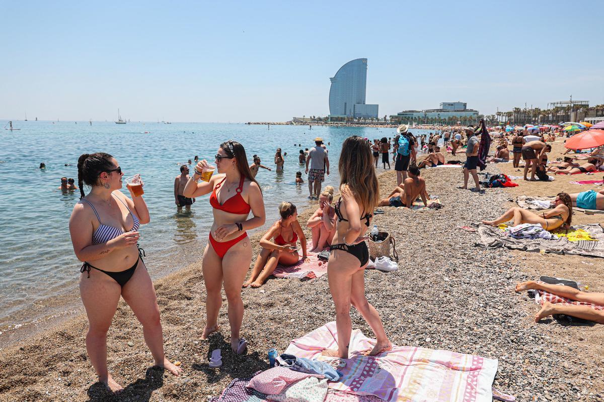 La playa de la Barceloneta, el pasado 13 de junio.