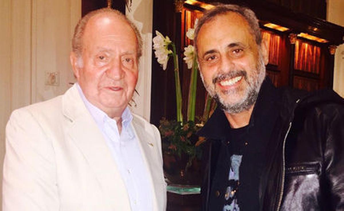 El rey emérito Juan Carlos y el periodista argentino Jorge Rial.